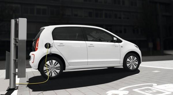 Volkswagen-e-Up_2014_1600x1200_wallpaper_08