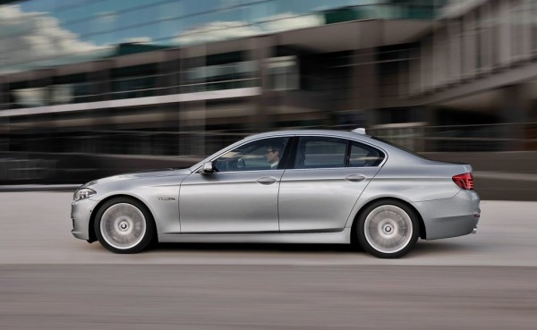 BMW-5-Series_2014_1024x768_wallpaper_25