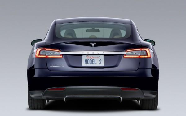 Tesla-Model-S-rear-1024x640