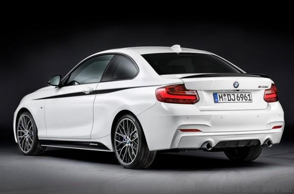BMW-2-Series_Coupe_with_M_Performance_Parts_2014_1024x768_wallpaper_03