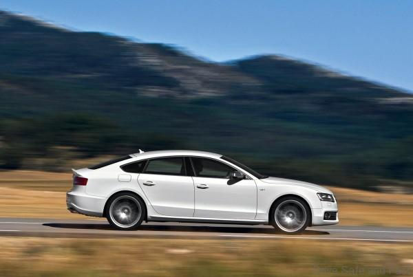 Audi-S5_Sportback_2011_1600x1200_wallpaper_04