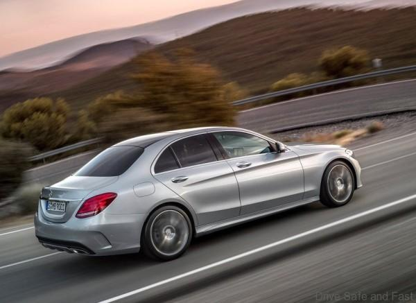 Mercedes-Benz-C-Class_2015_1024x768_wallpaper_1a