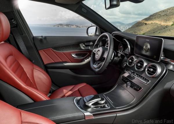 Mercedes-Benz-C-Class_2015_1024x768_wallpaper_34