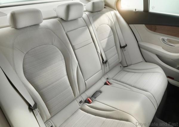 Mercedes-Benz-C-Class_2015_1024x768_wallpaper_40