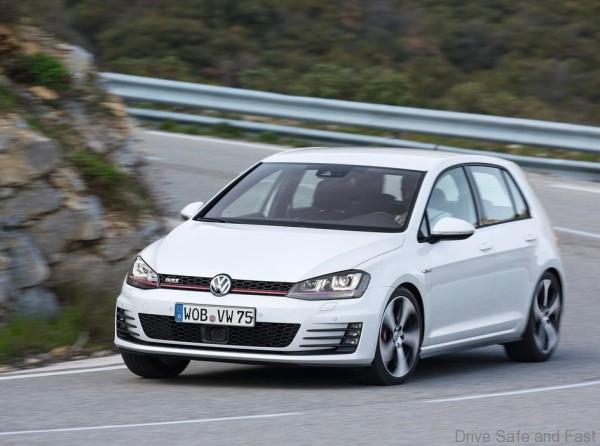 Volkswagen-Golf_GTI_2014