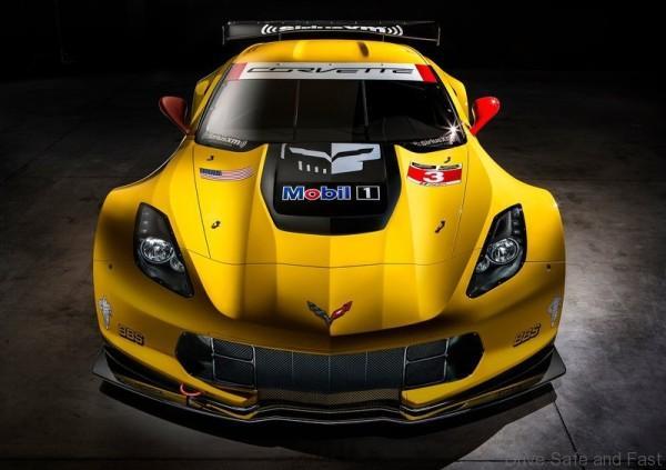 Chevrolet-Corvette_C7_R_2015_800x600_wallpaper_04