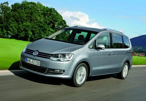 Volkswagen-Sharan_2011_1024x768_wallpaper_02