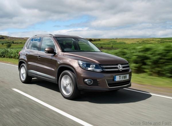 Volkswagen-Tiguan_2012_1600x1200_wallpaper_10