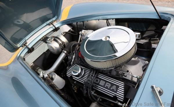 shelby_cobra_engine1