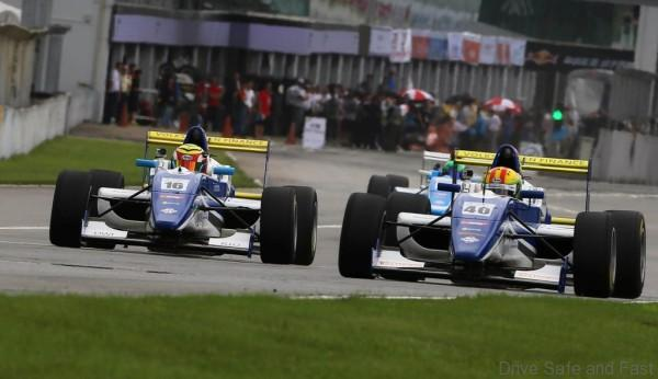 FMCS_Race 1 Dan Wells (left) and James Munro