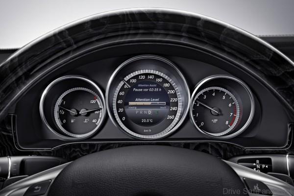 Mercedes-Benz-E-Class_2014_1280x960_wallpaper_78
