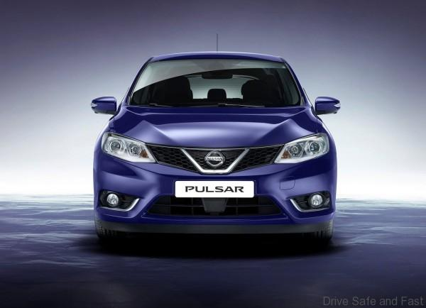 Nissan-Pulsar_2015_1280x960_wallpaper_03