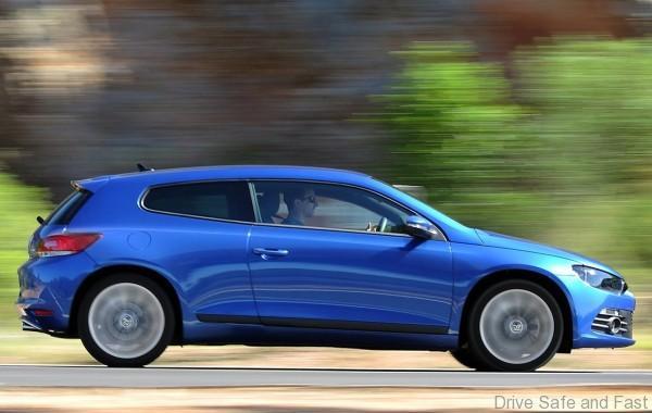 Volkswagen-Scirocco_2009_1280x960_wallpaper_2b