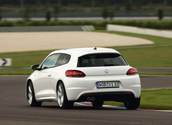 Volkswagen-Scirocco_2009_1280x960_wallpaper_36