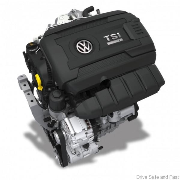 volkswagen-golf-R engine