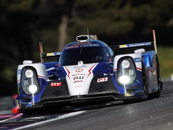 Toyota_TS040_Hybrid_Le_Mans_1