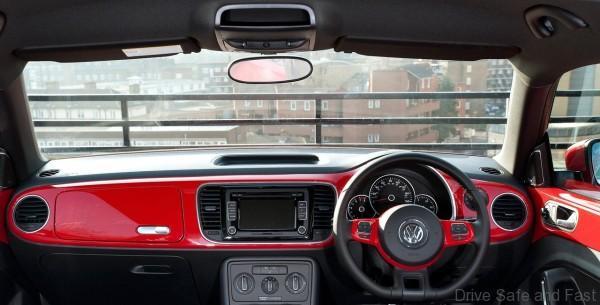 Volkswagen-Beetle_4