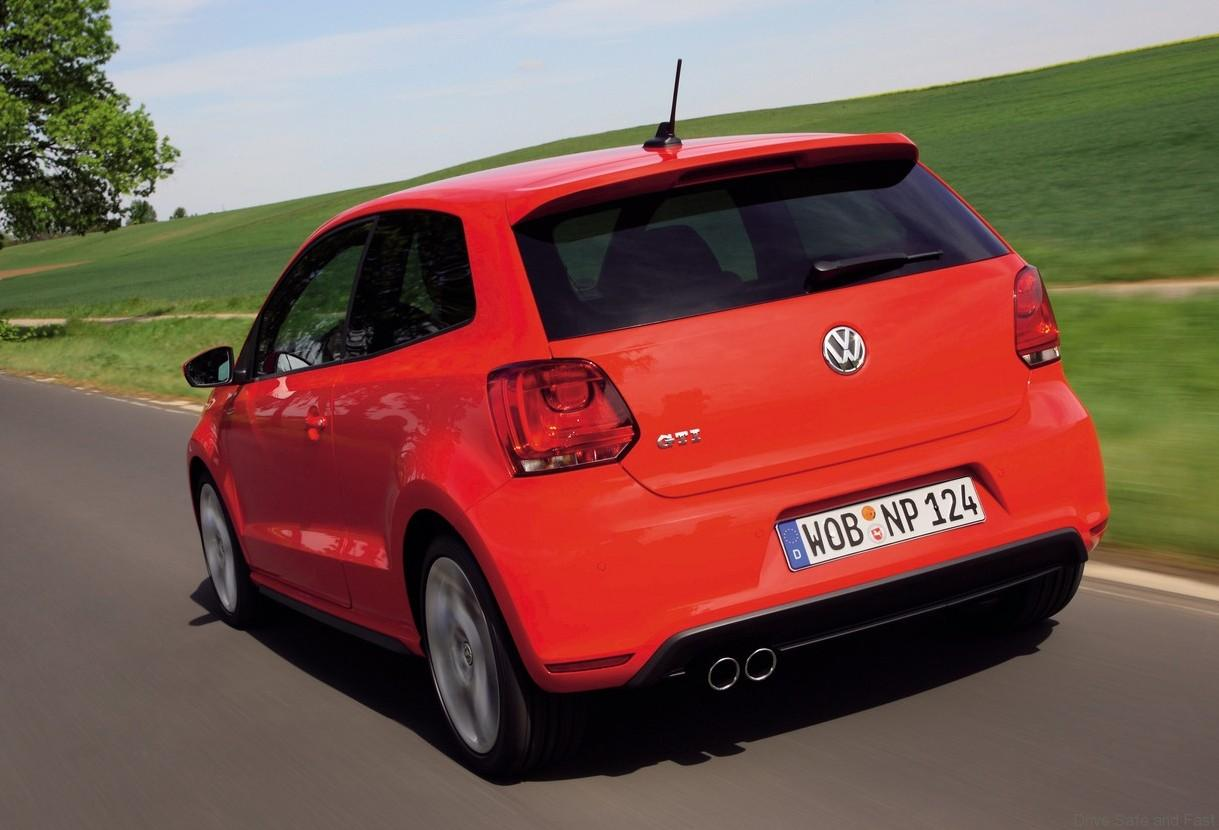 volkswagen polo gti hot hatch leader drive safe and fast. Black Bedroom Furniture Sets. Home Design Ideas