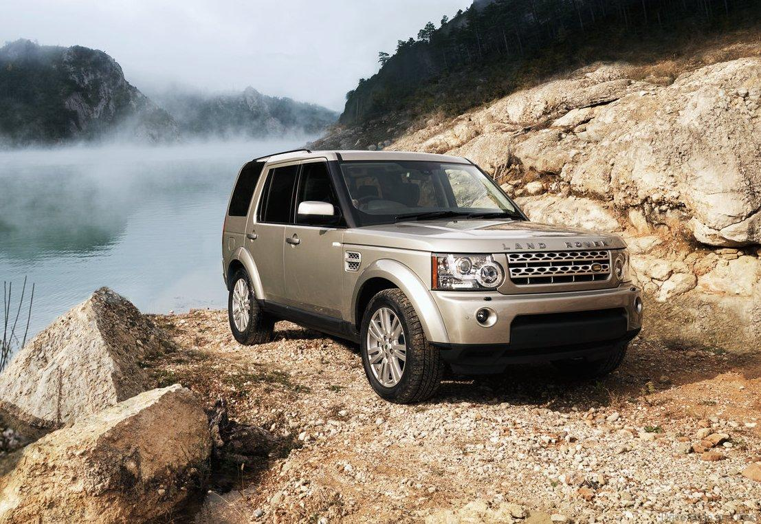Land Rover Discovery Diesel Power Admired Drive Safe And
