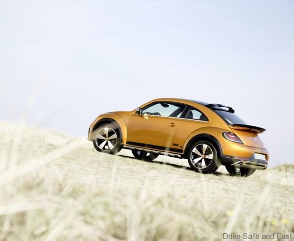 volkswagen_beetle_dune_concept_6