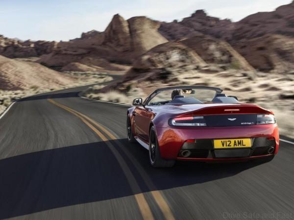 Aston Roadster3