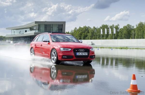 Audi-driving center1