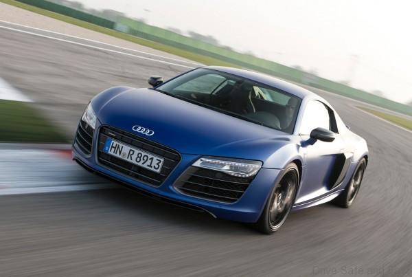 Audi-driving center2