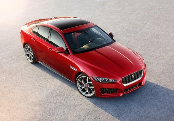 Jaguar-XE_S_2016_02