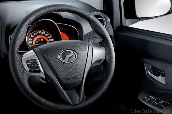 Leather Steering Wheel & Audio Switches