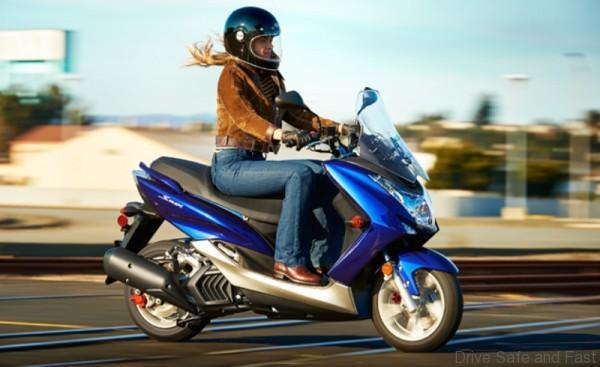 Yamaha SMax1