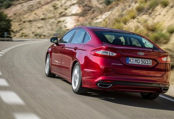 Ford-Mondeo_04