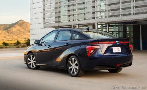 Toyota-Mirai-FCV-4