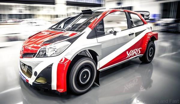 YARIS WRC (3)