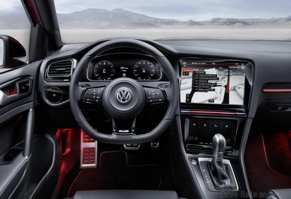 volkswagen_golf_r_touch_5
