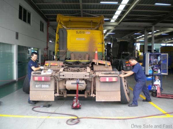 volvo truckPicture 3