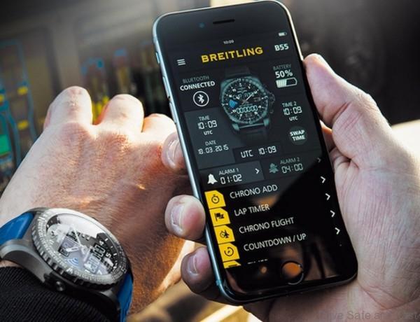 Brietling smartwatch1jpg