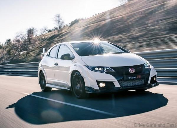 Honda-Civic_Type_R_2015_01