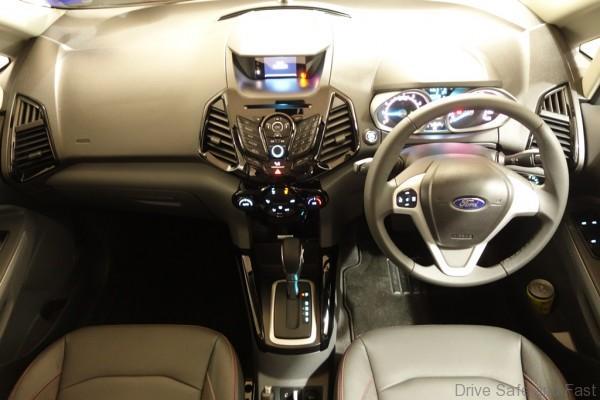 Ford-Ecosport-Titanium01