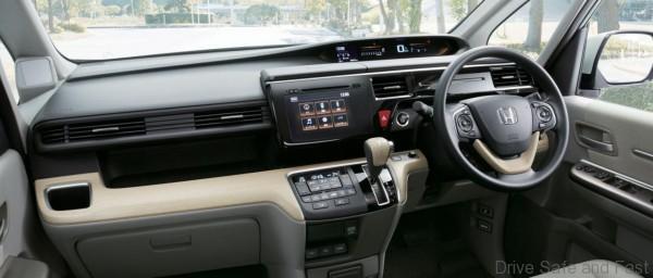 Honda StepWGN4