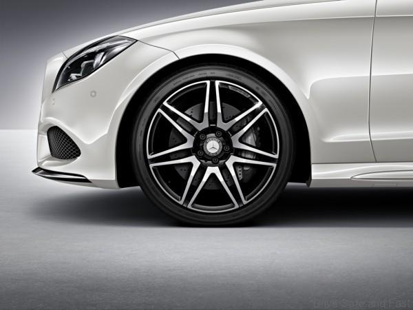 Mercedes-Benz CLS Class (10)