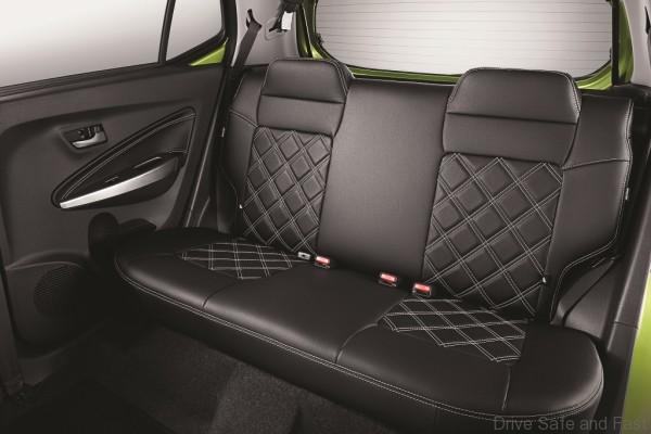 STD_Rear Seat Cover_Diamond Design