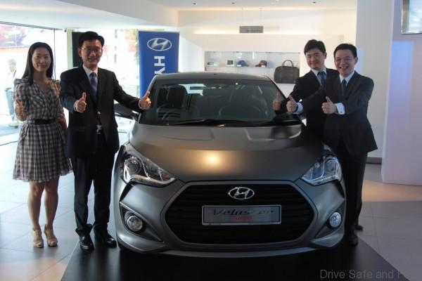 Unveiling of the Veloster Turbo L-R Ms Audrey Byun, Mr Sang-Min Park, Mr Joonmo Ahn & Mr Lau Yit Mun