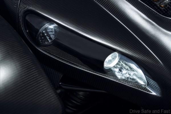 donkervoort-d8gto-carbon-koplamp-1