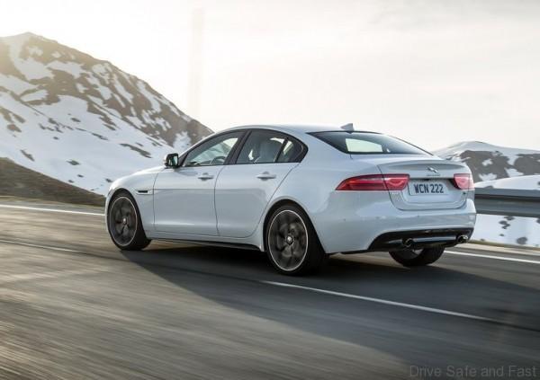 Jaguar-XE_S_2