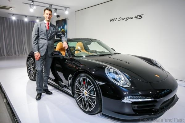 Porsche Arnt Bayer, CEO SDAP with 911 Targa 4S (1)
