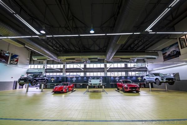 Porsche SB_Workshop Area (2)