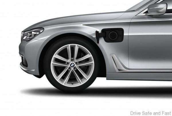BMW-7-Series-03