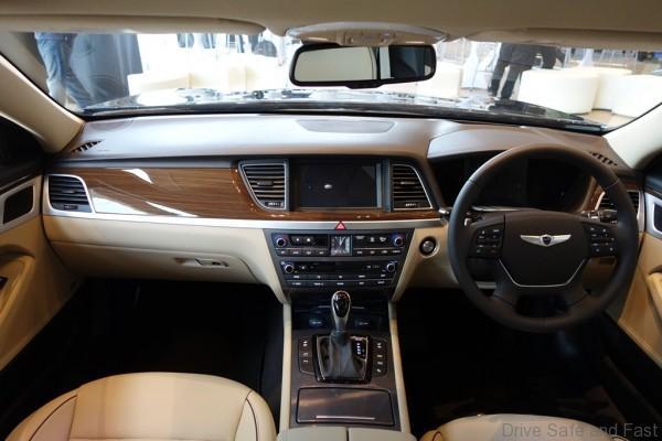 Hyundai-Genesis-15
