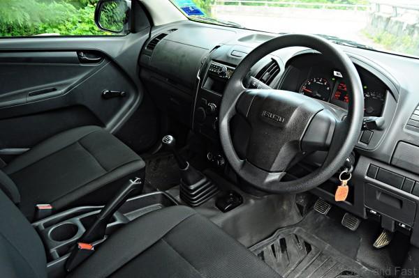 Isuzu D-Max Single Cab 4