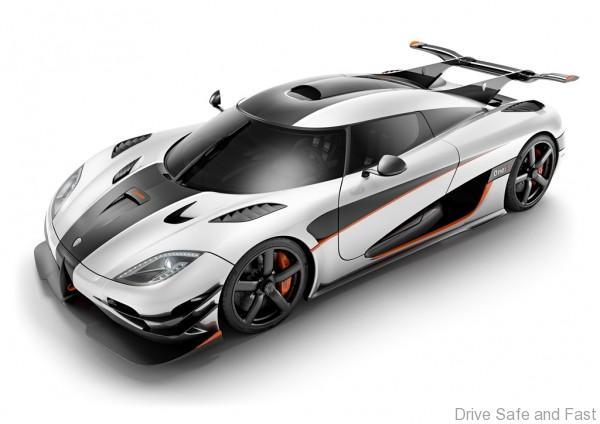 Koenigsegg_One1_Front_02